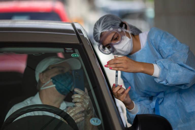 Se vacina chegar, Rio vai imunizar idosos com 67 anos ou mais em março