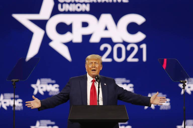 Ex-presidente Donald Trump fala a simpatizantes no encerramento da Conferência de Ação Política Conservadora, em Orlando, na Flórida