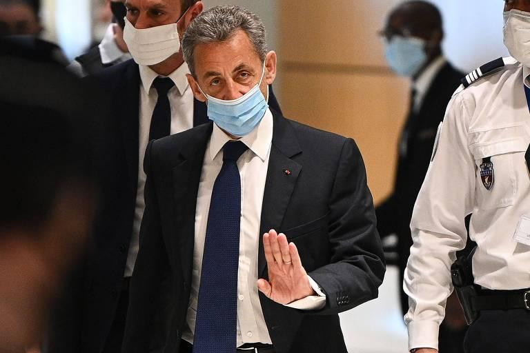 Ex-presidente francês Nicolas Sarkozy é condenado à prisão por corrupção de juiz