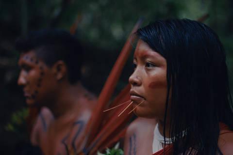 Cena do documentário 'A Última Floresta', de Luiz Bolognesi