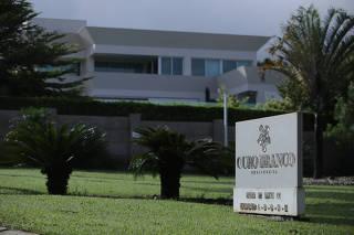 Casa comprada pelo senador Flávio Bolsonaro, no Lago Sul de Brasília