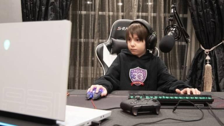 O mais jovem jogador profissional de Fortnite tem tempo de jogo controlado pela família: de 2 a 3 horas depois da escola