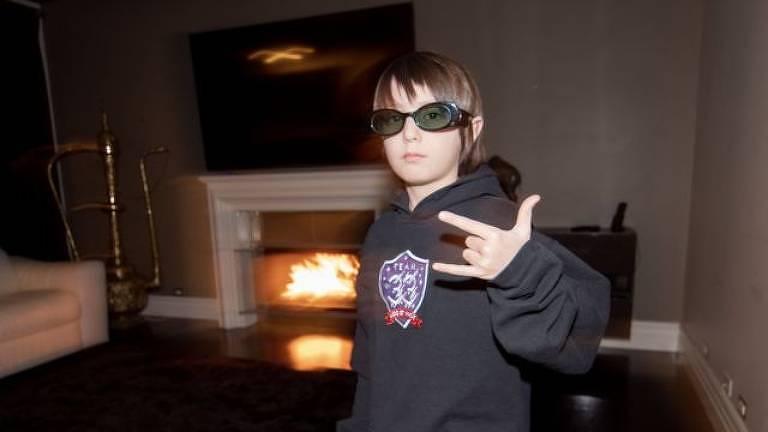Com contrato de R$ 185 mil, menino de 8 anos se torna jogador profissional de Fortnite