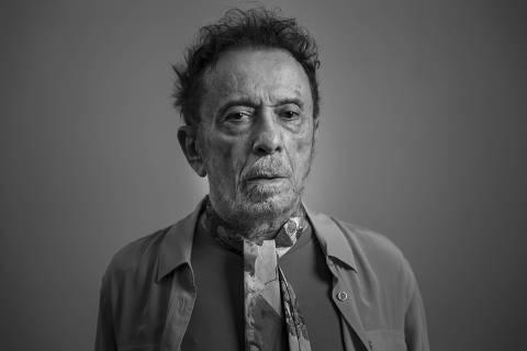 SÃO PAULO, SP, 02.03.2021 - O cantor e compositor Tom Zé ganha sua primeira biografia e lança disco de raridades.  (Foto: Adriano Vizoni/Folhapress)