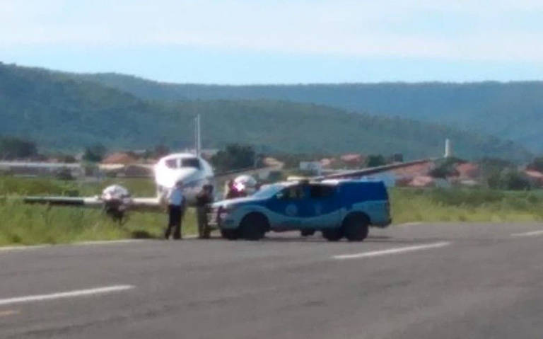 Aeronave bateu em jumento pouco depois de pousar na pista do aeródromo de Ibotirama (BA)