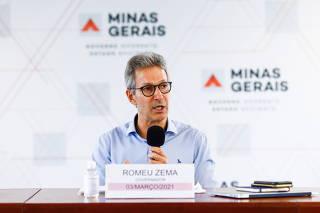 O Governador de Minas Gerais Romeu Zema participa de coletiva