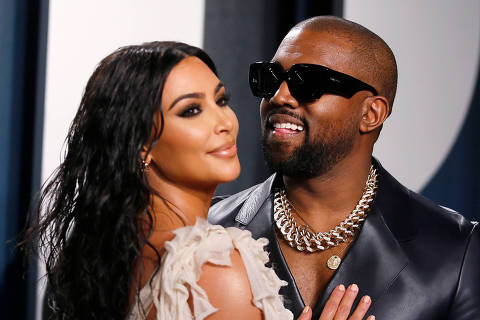 FILE PHOTO: Kim Kardashian and Kanye West attend the Vanity Fair Oscar party in Beverly Hills during the 92nd Academy Awards, in Los Angeles, California, U.S., February 9, 2020.     REUTERS/Danny Moloshok/File Photo ORG XMIT: FW1