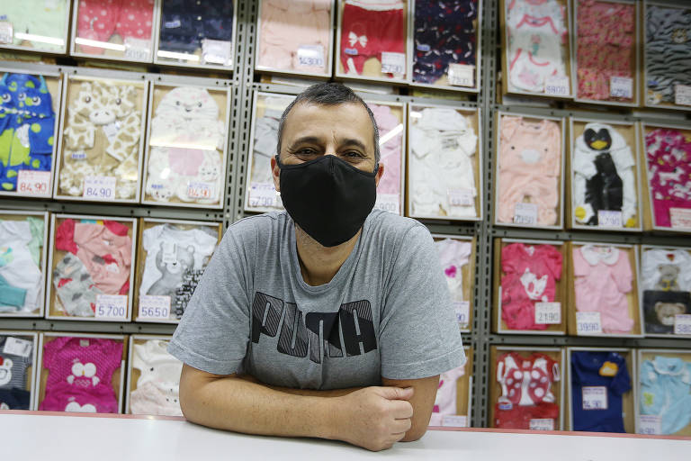 Lojistas e consumidores criticam fechamento do comércio em São Paulo