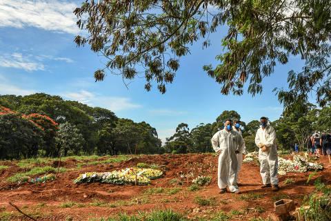 'Brasil tem que levar a sério' a pandemia de Covid-19, afirma OMS