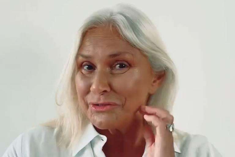Fafá de Belém pede desculpas para fãs por cabelos brancos