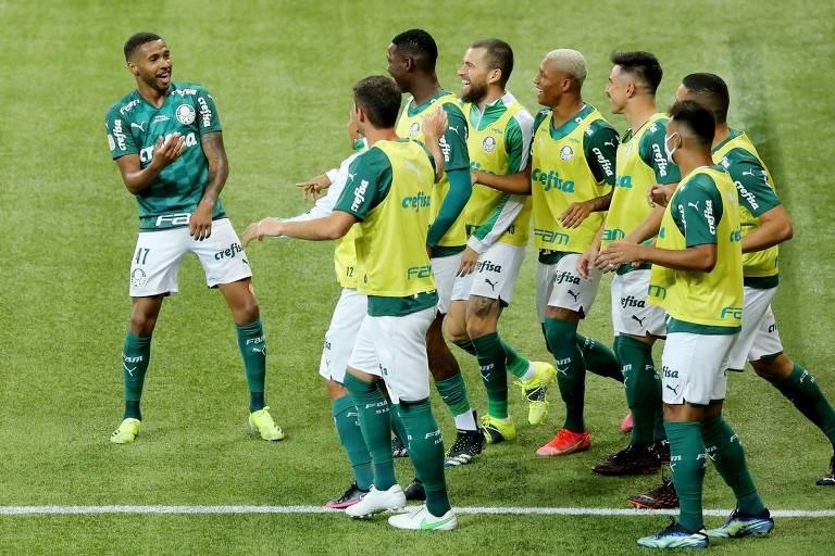 Wesley comemora o primeiro gol do Palmeiras na vitória sobre o Grêmio, no Allianz