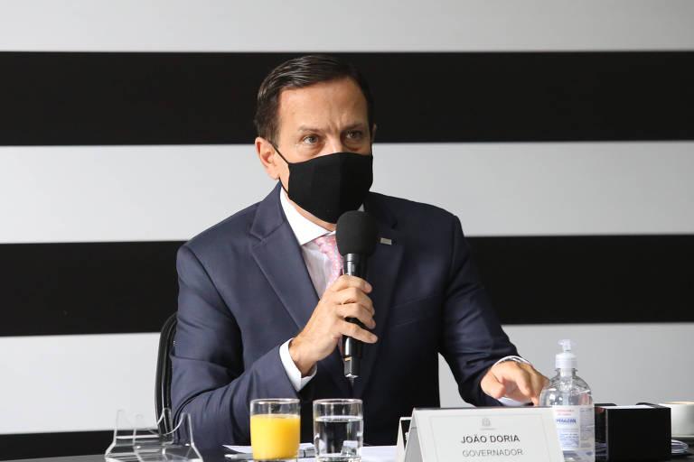 O governador de São Paulo, João Doria (PSDB), em reunião no Palácio dos Bandeirantes
