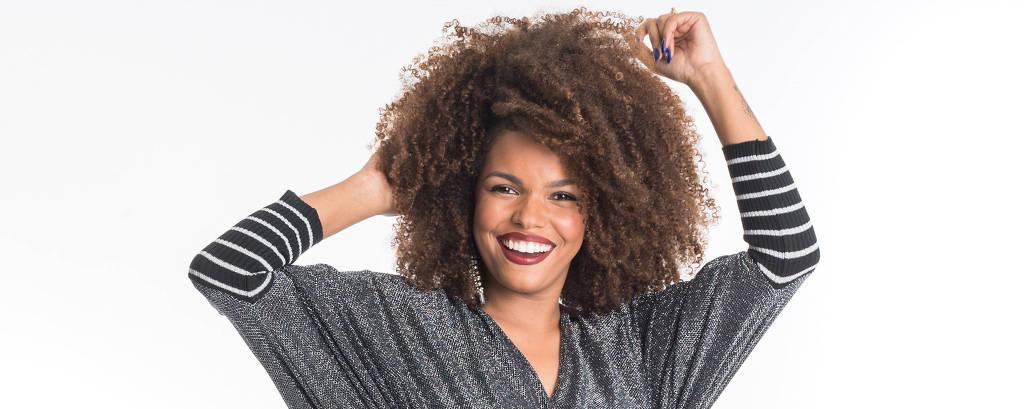 A atriz e cantora Jeniffer Nascimento