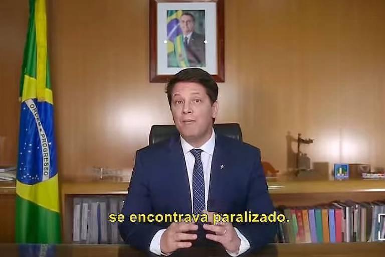Secretaria da Cultura de Bolsonaro comete erro de português em vídeo