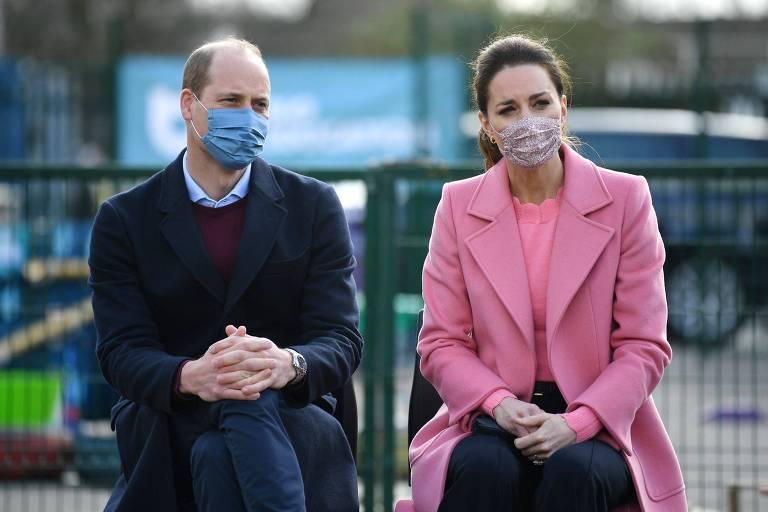 Príncipe William reage à entrevista de Harry e Meghan e nega que família real seja racista