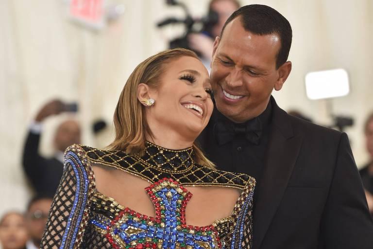 Jennifer Lopez e Alex Rodriguez negam que tenham terminado noivado