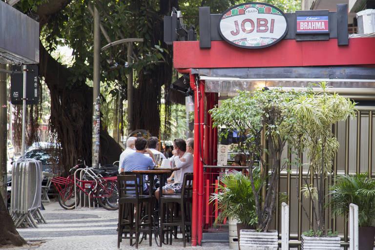 Bares no Rio relatam queda de até 80% no faturamento