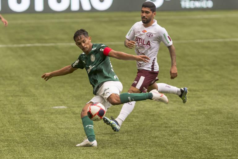 Gustavo Scarpa durante jogo entre Palmeiras e Ferroviária, no Allianz Parque, na última rodada do Paulista antes da paralisação do torneio
