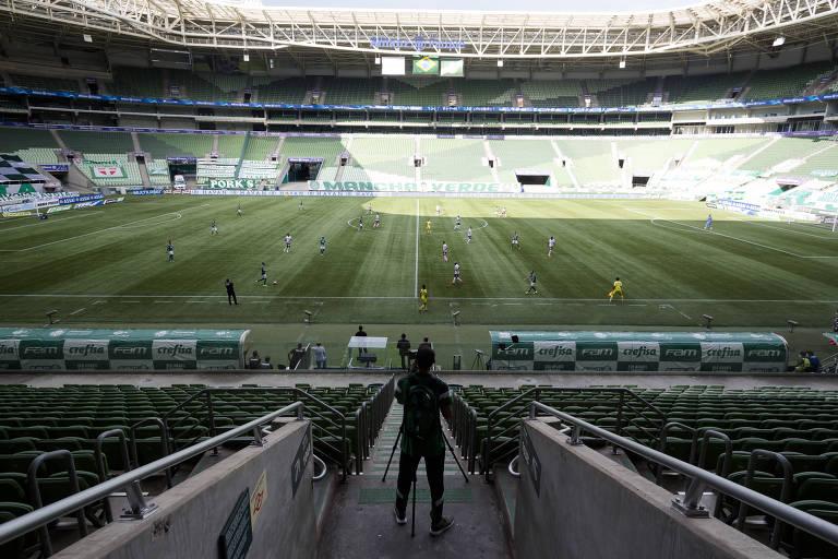 Partida entre Palmeiras e Ferroviária, pelo Campeonato Paulista, na última rodada em São Paulo antes da paralisação