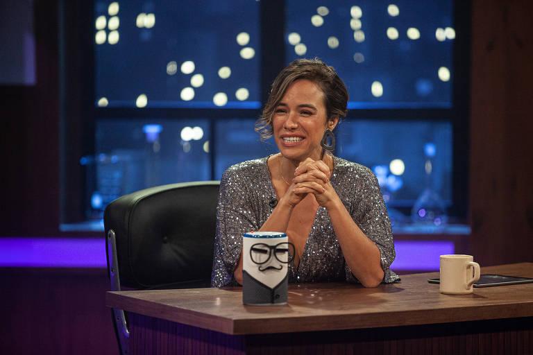 Talk Show  'Posso Explicar' com Miá Mello