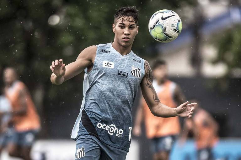 Kaio Jorge é outro desfalque na equipe para enfrentar os venezuelanos nesta terça-feira