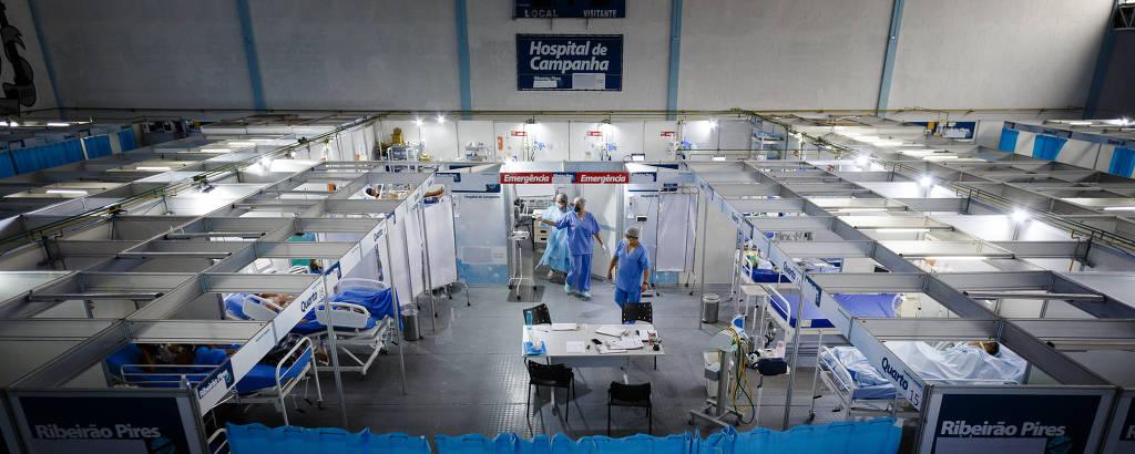 Hospital de campanha de Ribeirão Pires, que enfrenta problemas com pacientes à espera da UTI