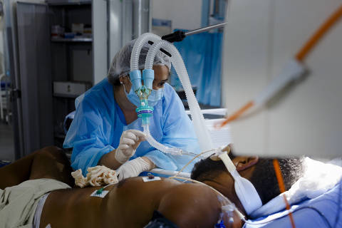 Ministério da Saúde não agiu de má-fé ao cancelar compra de 'kit intubação', diz procurador da República