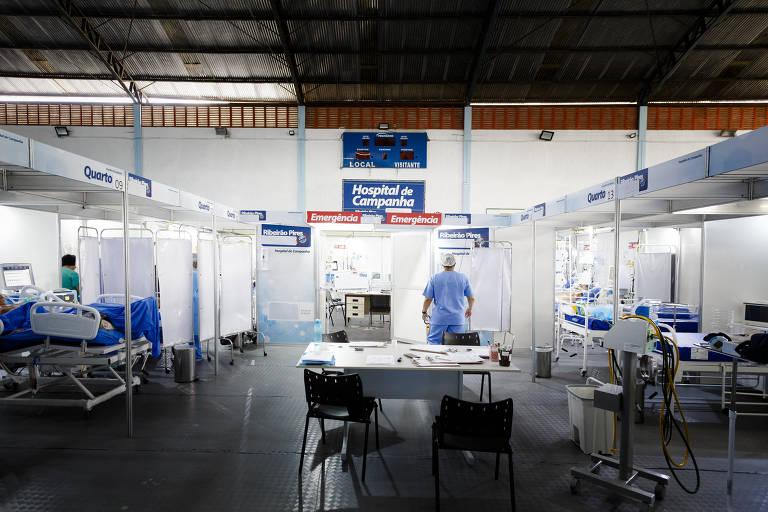 Hospital de campanha de Ribeirão Pires, que tem pacientes na fila da UTI