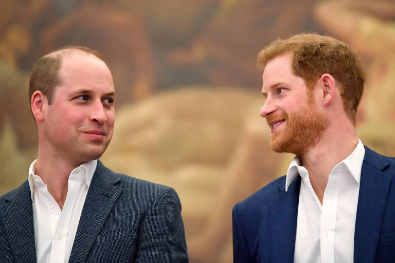Príncipe Harry conversa com o pai e com o irmão após entrevista bombástica