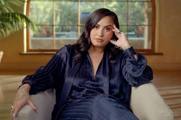 "Demi Lovato em cena da série documental ""Dancing With the Devil"""