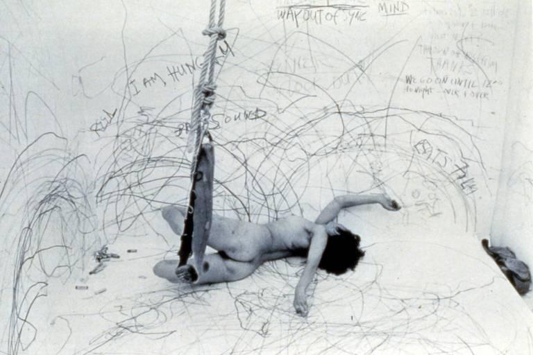 'Up to and Including Her Limits', 1976, fotografada por Henrik Gaard