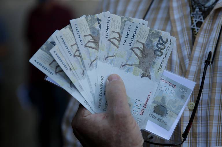 Governo manobra para usar até R$ 20 bi da reforma tributária em novo programa social de Bolsonaro