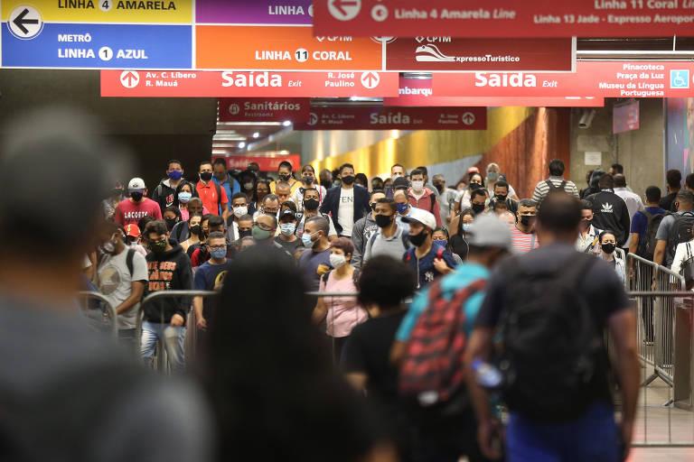 Associações recomendam mudar horário de trabalhador para conter pandemia