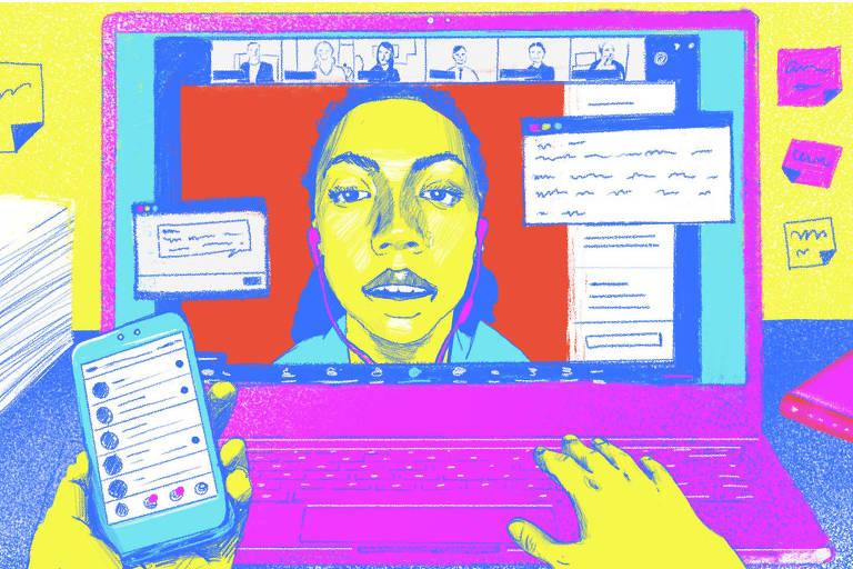 Ilustração em cores neon de um notebook numa mesa, com uma pilha de papeis e livros ao lado. Vê-se duas mãos em primeiro plano, a direita digita e a esquerda segura o celular. Na tela, muitas janelas abertas, mas a maior é de uma reunião no zoom, com uma moça em primeiro plano
