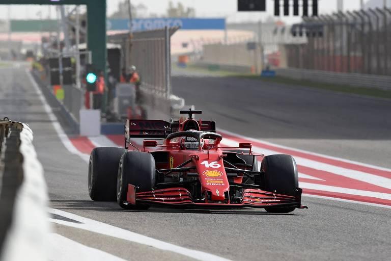 Charles Leclerc durante testes da pré-temporada da F1 no Bahrein
