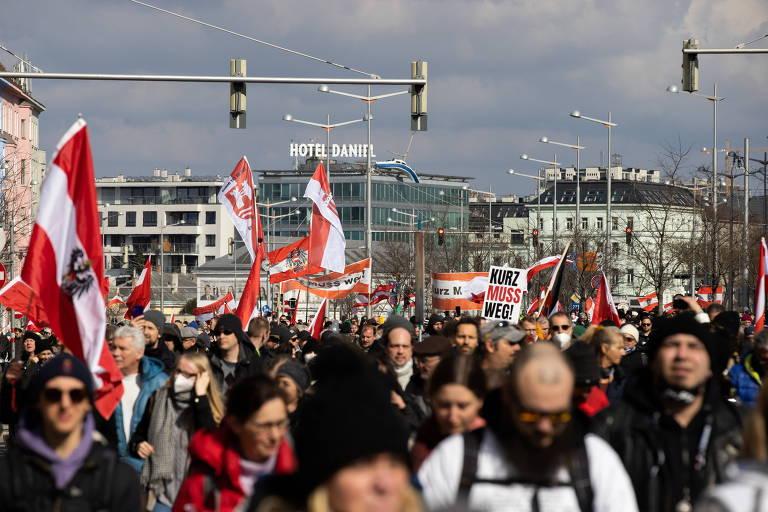 Protestos na Europa contra restrições na pandemia de coronavírus