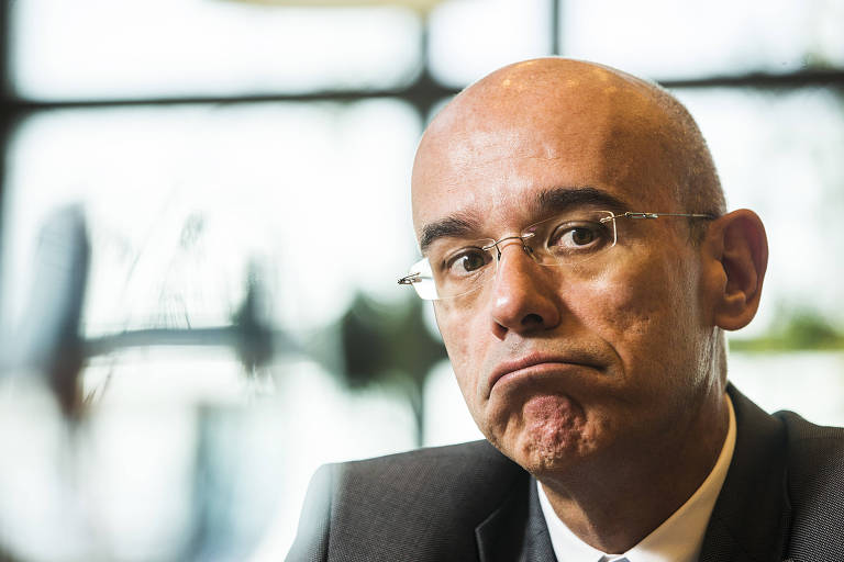 Presidente do Santander no Brasil diz em texto que 'liberdade é também não temer tanto'