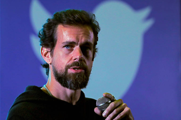 Presidente do Twitter vende seu primeiro tuíte por US$ 2,9 mi