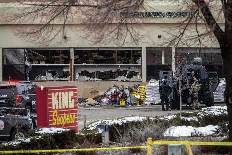 Tiroteio em supermercado deixa mortos em Boulder, no Colorado