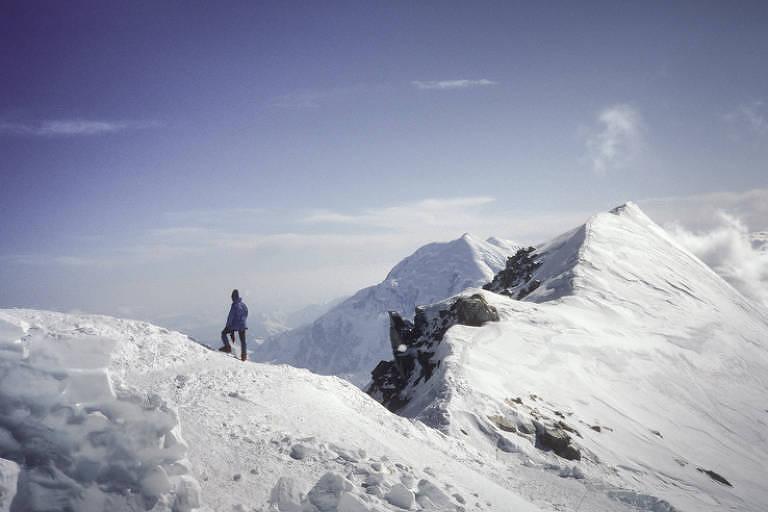 Em expedição de 1986, Thomaz Brandolin chegou ao topo do Monte McKinley, no Alasca, o ponto mais alto da América do Norte