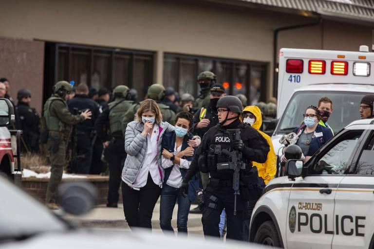 Tiroteio deixa vários mortos no Colorado, nos EUA