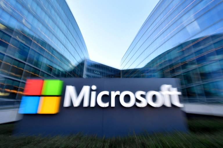 Logo da Microsoft; empresa negocia compra do Discord