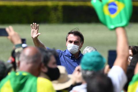 Contra Lula, Bolsonaro testa retórica anticorrupção e tenta consolidar eleitor conservador