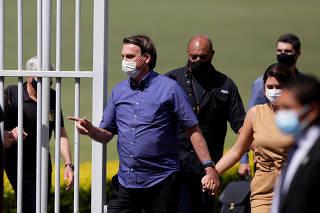 Jair Bolsonaro e a primeira-dama Michele Bolsonaro