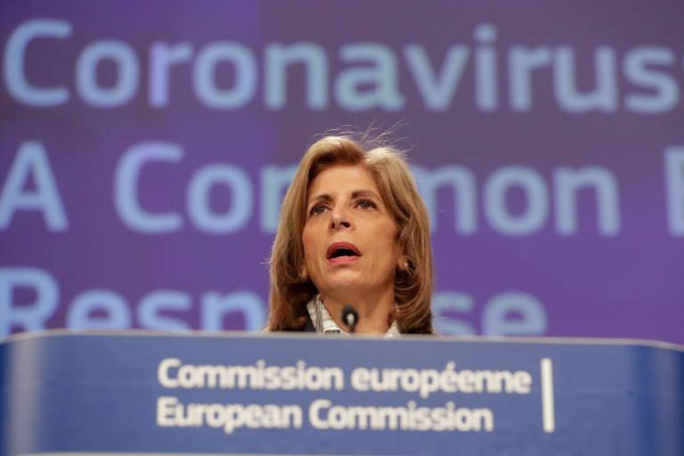 UE anuncia regras para barrar exportações de vacinas a país que fabrica, mas não exporta