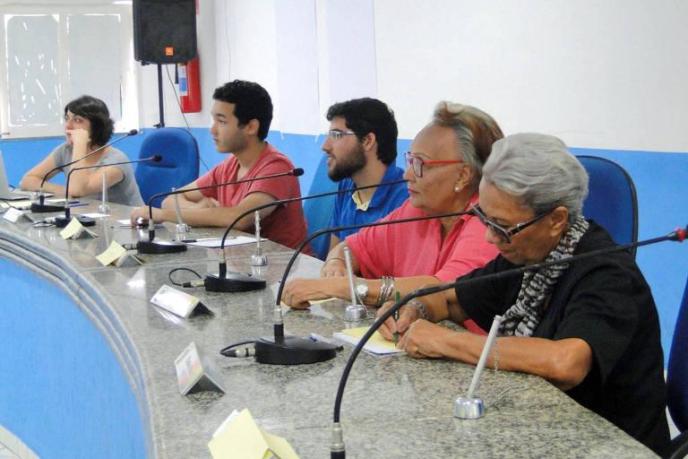Delibera Brasil promove assembleia com a comunidade para discutir o serviço de mototáxi, em Ilhéus (BA)
