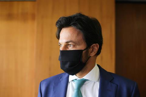 Feitiço virou contra feiticeiro, diz ministro de Bolsonaro sobre 'CPI do Covidão'