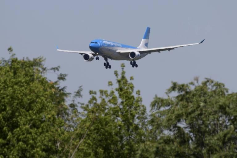 Argentina suspende voos de Brasil, Chile, México e Reino Unido para evitar 2ª onda de Covid
