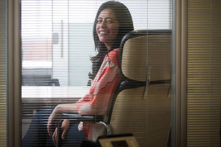 Raquel Lemos, proprietária da Real Bem-Estar, em seu escritório, na zona oeste de São Paulo