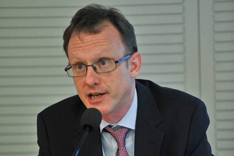 O economista Arthur Kroeber durante um seminário em São Paulo